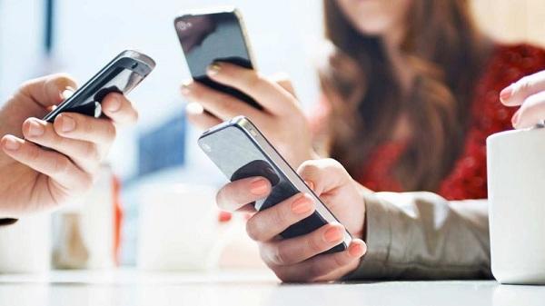 Kích thước màn hình cũng là tiêu chí bạn cần quan tâm khi mua điện thoại tầm giá 5 triệu