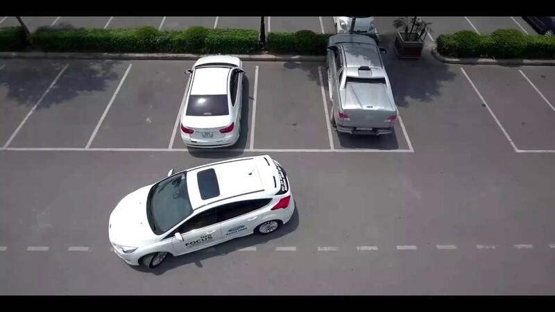 Lùi xe vào chuồng là kỹ năng quan trọng