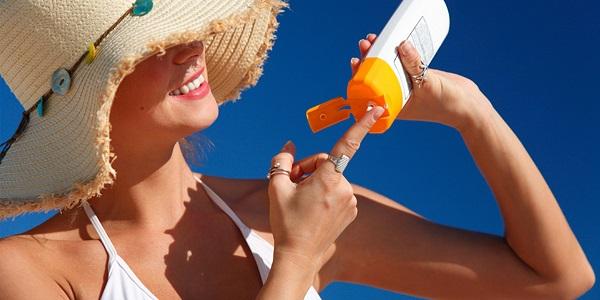 Hướng dẫn sử dụng kem chống nắng cho tuổi dậy thì